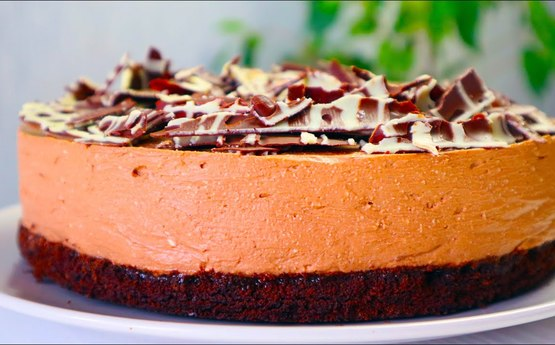 Առանց ջեռոցի և առանց ժելատինի պատրաստեք այս շոկոլադե հրաշք տորթ-չիզքեյքը