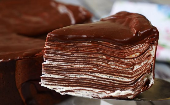 Փափուկ և հանեղ շոկոլադե տորթ, այն պատրաստվում է շատ արագ և ունի պարզ պատրաստման եղանակ