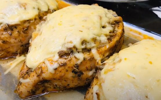 Տեսեք ինչ յուրահատուկ ուտեստ կարող եք պատրաստել հավի կրծքամսով