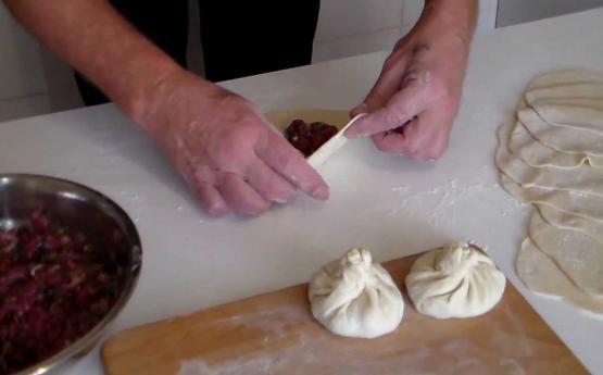 Վրացի խոհարարի կողմից տրամադրված բաղադրատոմս․ Ինչպե՞ս պատրաստել հրաշալի խինկալիներ