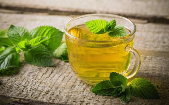 Դաղձով (անանուխ) թեյը և առհասարակ դաղձը հակացուցված է հետևյալ մարդկանց