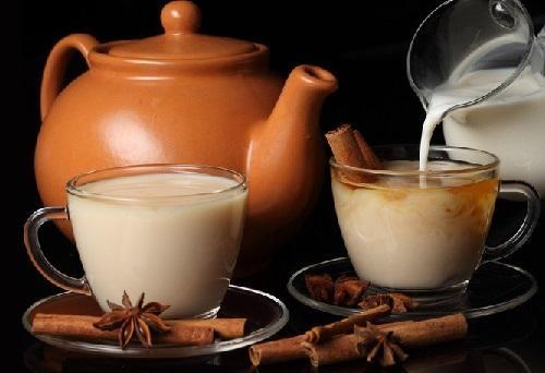 Молоко со специями: самый полезный напиток в холодное время года