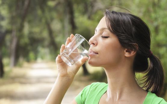 Որքան ջուր պետք է խմեք օրական ՝ ամռանը․ Պարզաբանում է բժիշկը